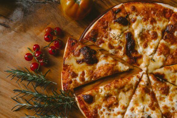 Pizza surgelée cuite au feu de bois Label Rouge